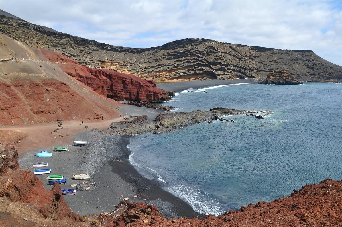 Zdjęcia: Lanzarote, Wyspy Kanaryjskie, Wybrzeże w pobliżu El Golfo, HISZPANIA