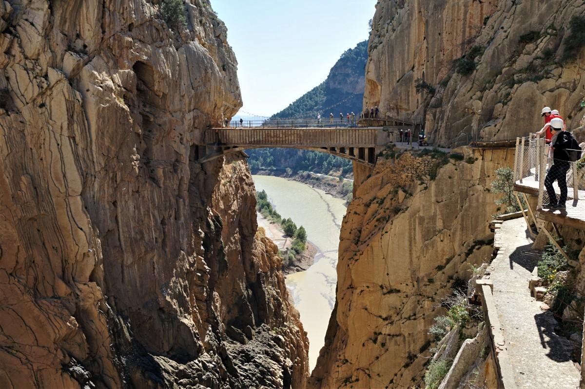 Zdjęcia: Caminito del Rey, Andaluzja , Jeszcze tylko jeden mostek, HISZPANIA
