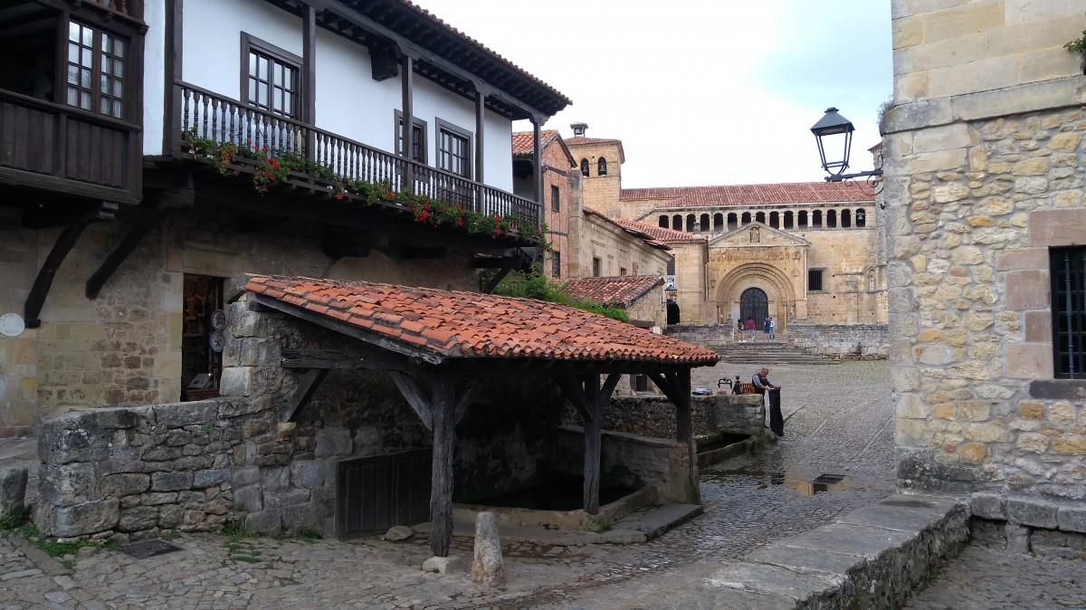 Zdjęcia: Santilliana del Mar, Cantabria, Zaułek, HISZPANIA