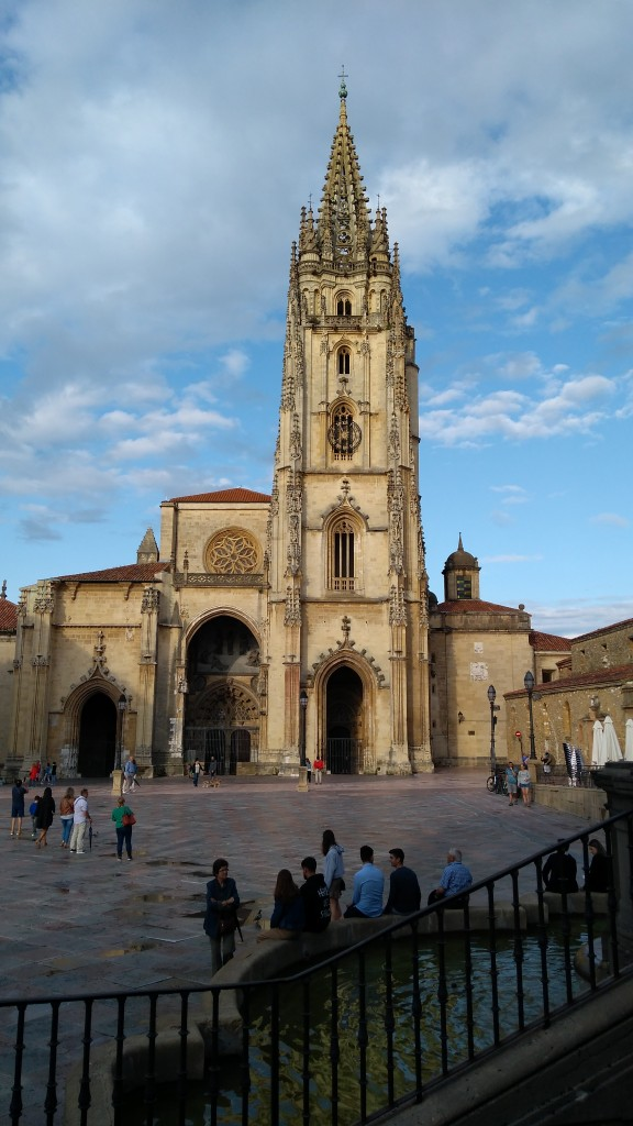 Zdjęcia: Oviedo, Asturia, Katedra, HISZPANIA