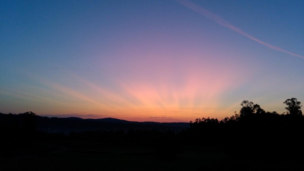 Zdjęcia: Olveiroa, Galicja, Kiedy ranne wstają zorze..., HISZPANIA