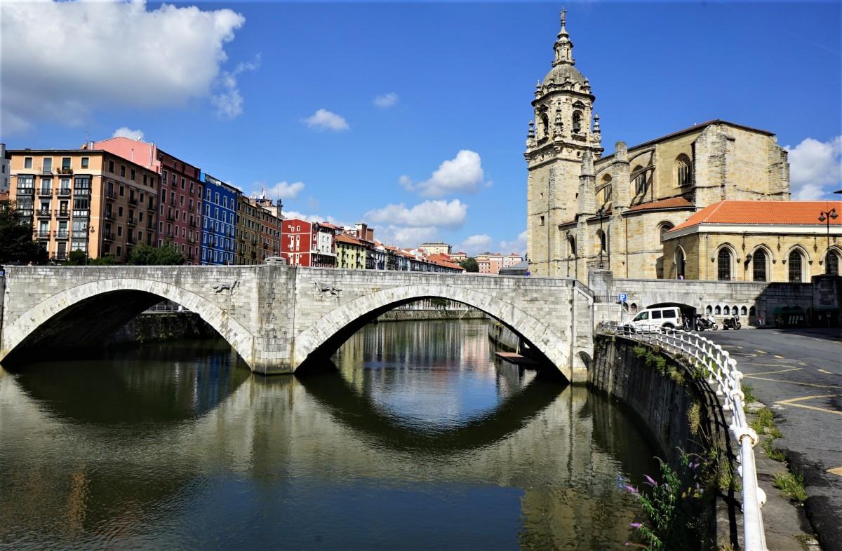 Zdjęcia: Bilbao, rzeka Nervión, Kraj Basków, Most, HISZPANIA
