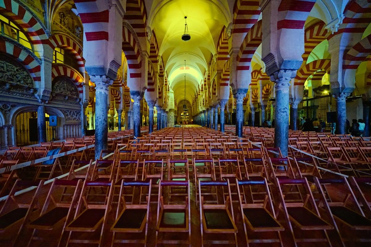 Zdjęcia: Kordoba - Wielki Meczet, Andaluzja, Przed uroczystością, HISZPANIA