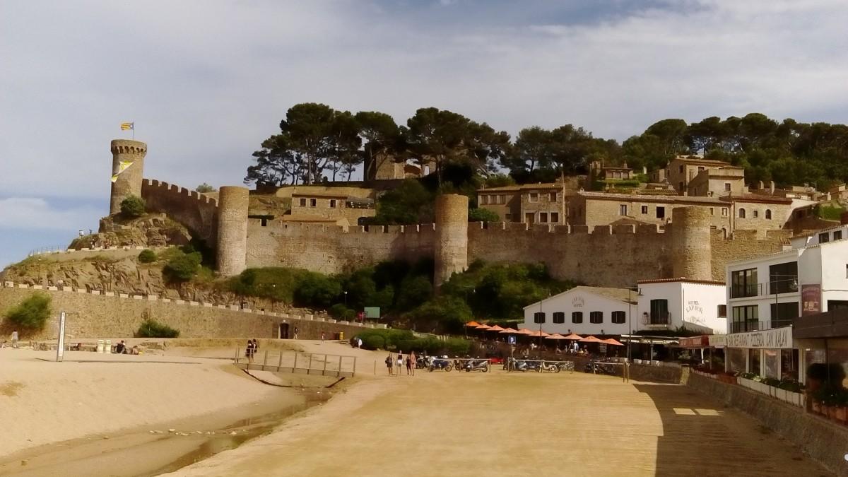 Zdjęcia: Tossa de Mar, Katalonia, Tossa de Mar - fortyfikacje, HISZPANIA