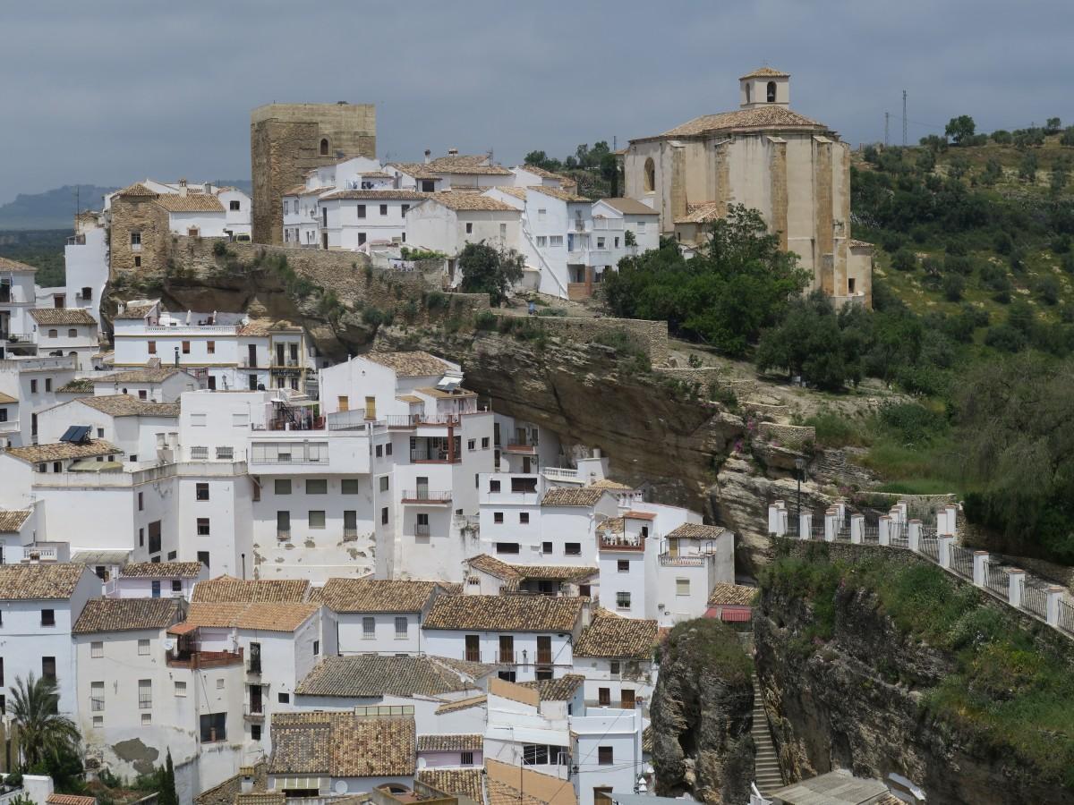 Zdjęcia: Setenil de las Bodegas, Andalusia, Miasto w skale, HISZPANIA