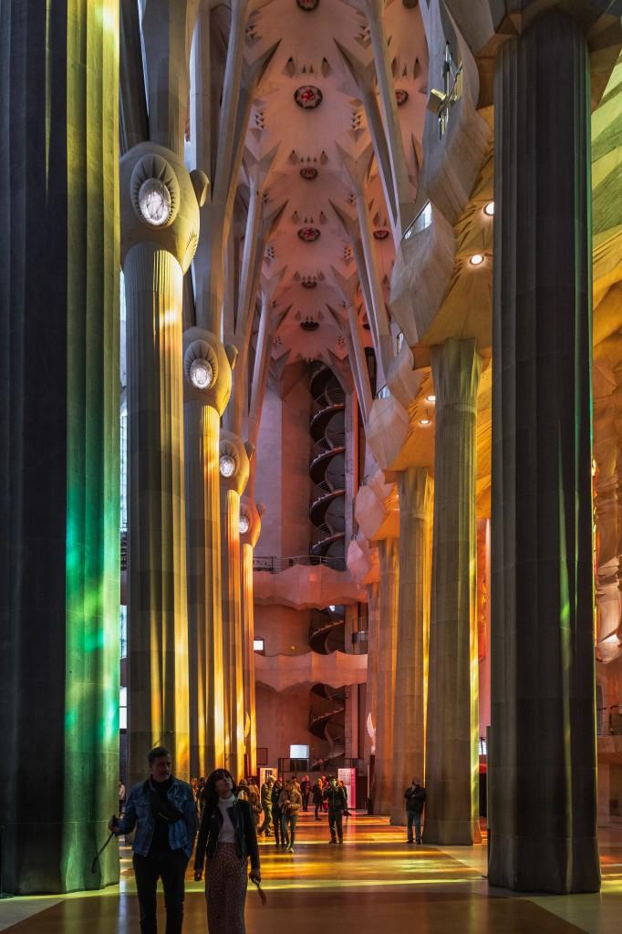 Zdjęcia: Sagrada Familia, Barcelona, Magia światła, HISZPANIA