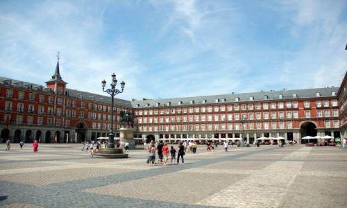 HISZPANIA / Madryt / Plaza Mayor.. / Plaza Mayor.