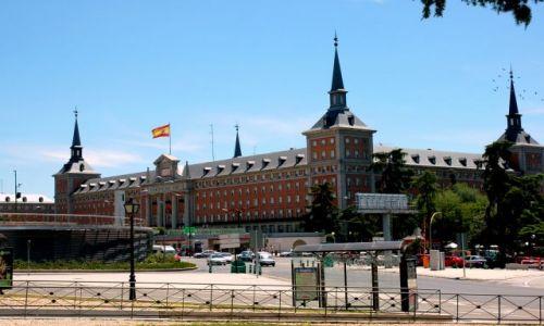 Zdjęcie HISZPANIA / Kastylia / Madryt, Moncloa / Spacer po Madrycie.