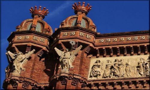 Zdjęcie HISZPANIA / Katalonia / Barcelona / Arc de Triomf - zwieńczenie