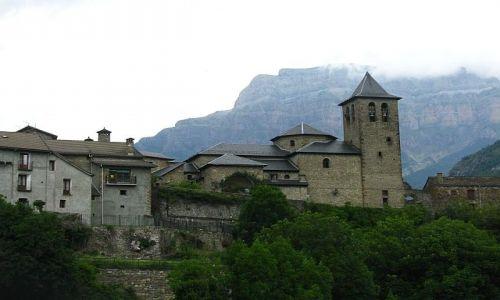 HISZPANIA / Aragonia / Torla / pirenejska wioska