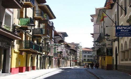Zdjęcie HISZPANIA / Aragonia / Jaca / starówka