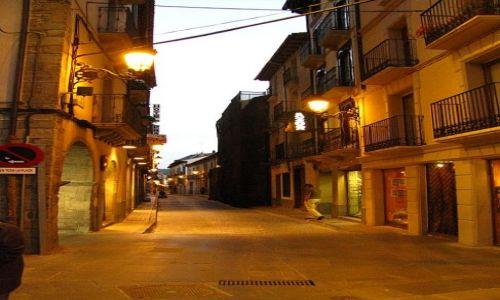 Zdjecie HISZPANIA / Aragonia / Jaca / wieczór na starówce