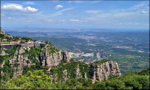 Zdjecie HISZPANIA / Katalonia / Montserrat / Wędrując po Montserrat