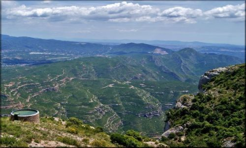 HISZPANIA / Katalonia / Montserrat / Wędrując po Montserrat