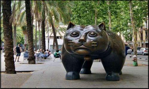 Zdjęcie HISZPANIA / Katalonia / Barcelona - Rambla / Pomnik kota - symbol Rambli Raval