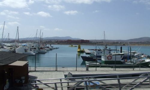 Zdjecie HISZPANIA / Fuerteventura / Caleta de Fustes / Przystań Morska