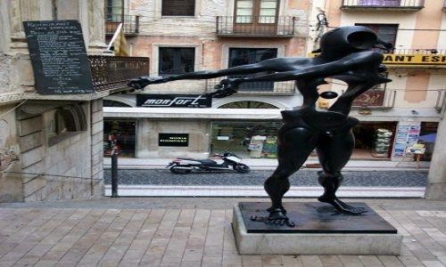 Zdjęcie HISZPANIA / Catalonia / Figueres / Dali/rzeźba