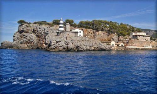 HISZPANIA / Majorka / Port de Soller / Latarnie w porcie Soller