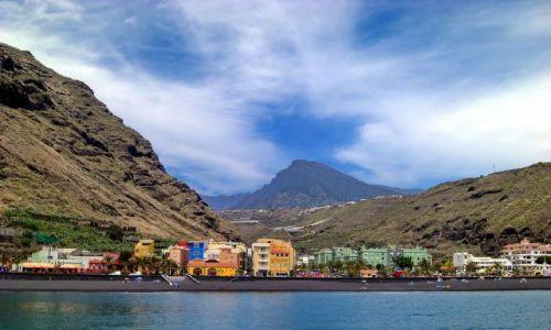 Zdjęcie HISZPANIA / La Palma / Tazacorte / Tazacorte, w tle przełęcz wulkaniczna