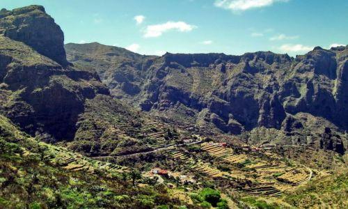 Zdjęcie HISZPANIA / Teneryfa / Masca / Masyw skalny w wiosce Masca