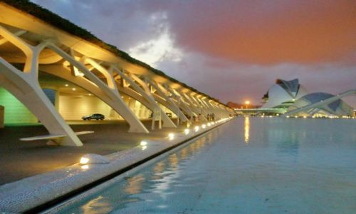 Zdjęcie HISZPANIA / Walencja / Walencja / W centrum miasta sztuki i nauki