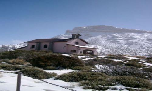 Zdjecie HISZPANIA / Teneryfa / Park narodowy Teide / Kośćiółek pod Teide