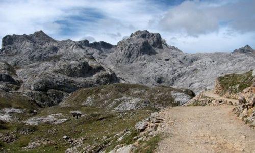 Zdjecie HISZPANIA / Cantabria / Picos de Europa / Funte De