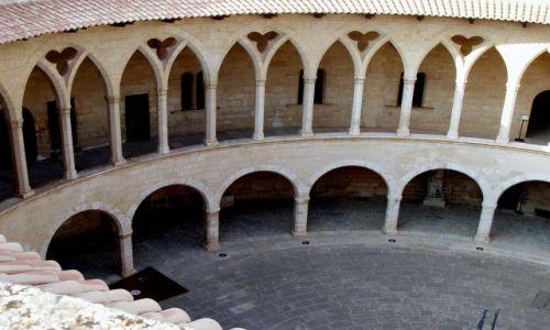 Zdjęcie HISZPANIA / Poludnie Majorki / zamek Bellver  / Majorka-Palma