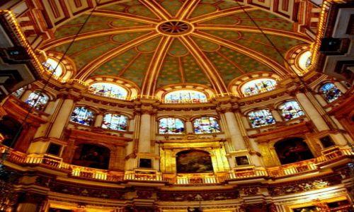 HISZPANIA / Poludnie Hiszpanii / Granada-katedra / Andaluzja-Granada-katedra
