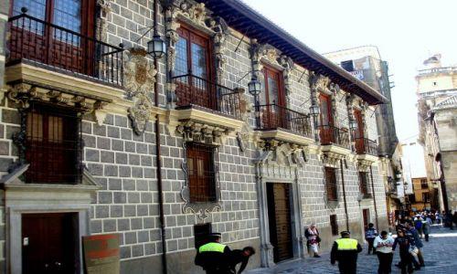 HISZPANIA / Andaluzja / Granada-Kaplica Krolewska / Granada -Kaplica Krolewska