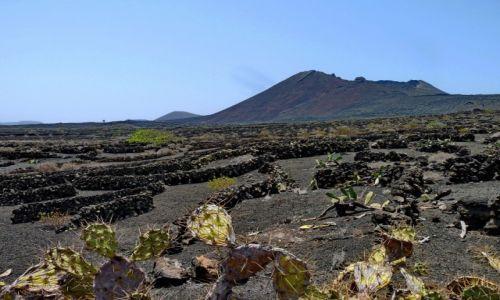Zdjecie HISZPANIA / Lanzarote / Lanzarote / Wygasły wulkan