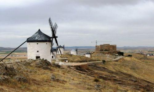 Zdjęcie HISZPANIA / Kastylia La Mancza / region La Manczy/Hiszpania kontynentalna / Hiszpania jakiej nie znacie - szlakiem wiatraków, Błędnych Rycerzy...