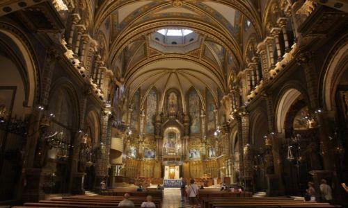 HISZPANIA / Katalonia / Montserrat / Bazylika Montserrat, wewnąrz