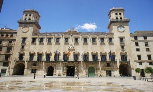 HISZPANIA / Wspólnota autonomiczna Walencja / Alicante / Ratusz (Ayuntamiento) w Alicante