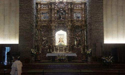 Zdjęcie HISZPANIA / Leon / Valverde de la Virgen / Barokowy ołtarz w kamiennej obudowie