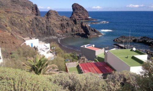Zdjecie HISZPANIA / Wyspy Kanaryjskie- Teneryfa / Góry Anaga / osada nad plażą de Arena