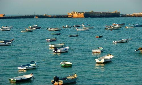 Zdjęcie HISZPANIA / andaluzja / Cadiz / boats in port
