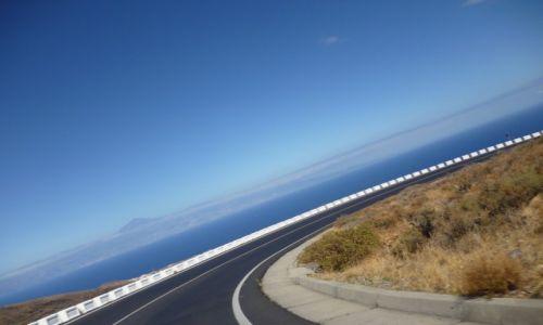 Zdjecie HISZPANIA / Wyspy Kanaryjskie / Gomera /  Z  Teide  w tle.