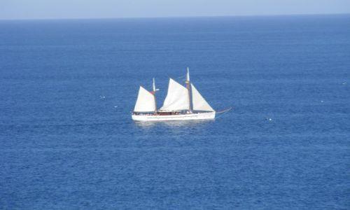 Zdjęcie HISZPANIA / Andaluzja-Costa del Sol / Fuengirola / Samotny biały żagiel...