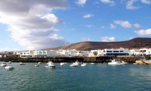 HISZPANIA / Wyspy Kanaryjskie / Lanzarote / na oceanu brzegu