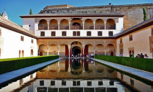 Zdjęcie HISZPANIA / Andaluzja / Granada / Alhambra, Patio de los Arrayanes