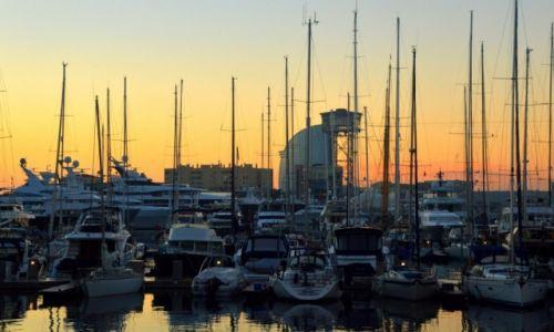 Zdjęcie HISZPANIA / Hiszpania / Barcelona / Port