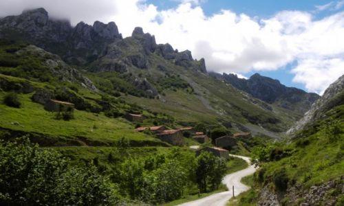 HISZPANIA / Picos de Europa / Sotres / opuszczona wie�