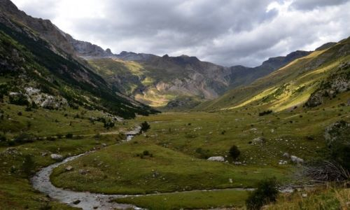 HISZPANIA / Aragonia / Pireneje / dolina