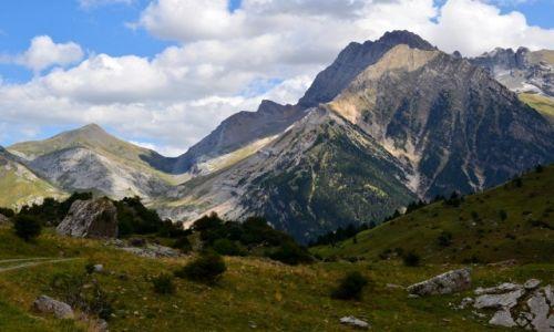 HISZPANIA / Aragonia / Pireneje / dolina 2