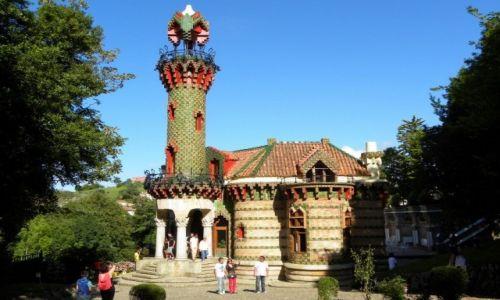 Zdjęcie HISZPANIA / Kantabria / Comillas / El Capricho de Gaudi