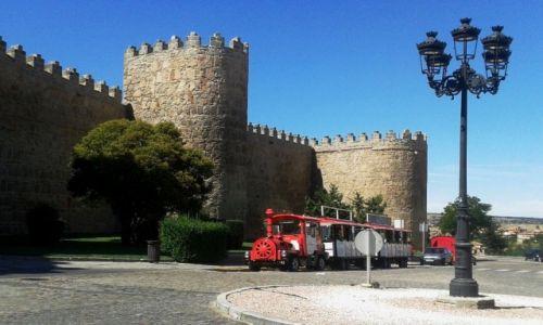 HISZPANIA / Kastylia-Leon / Avila / mury miasta
