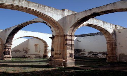 Zdjęcie HISZPANIA / Fuerteventura/Wyspy Kanaryjskie / Betancuria / Ruiny kościoła