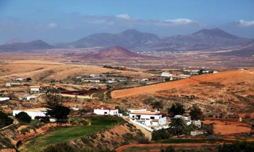 Zdjęcie HISZPANIA / Fuerteventura/Wyspy Kanaryjskie / Mirador Guise y Ayose / W drodze do Doliny św. Ines