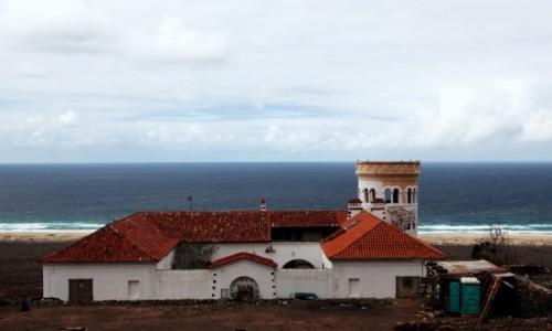 HISZPANIA / Fuerteventura/Wyspy Kanaryjskie / Półwysep Jandia/Cofete / Willa Wintera z widokiem na plażę